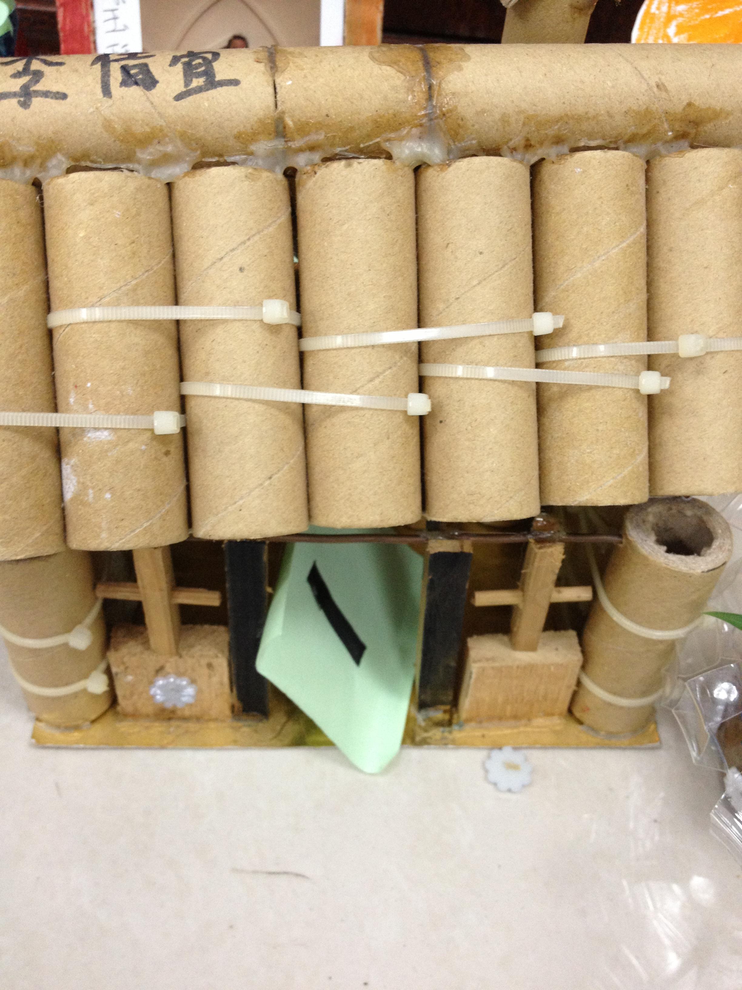 用废旧物品做火箭图相关图片下载; 易拉罐小制作图解; 二年级 废旧